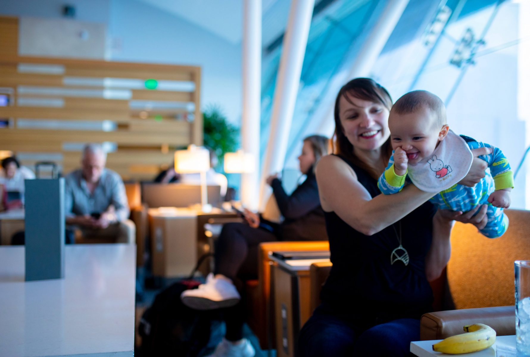 The Best Airline Lounges for Families With Kids — The Right Credit Card Gets You in Without Paying!