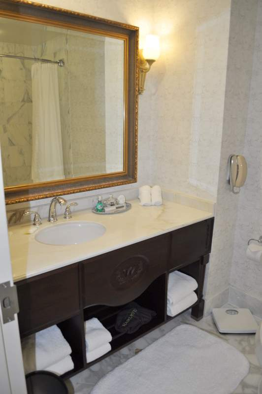 Willard InterContinental - Bathroom 2