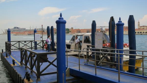 Shuttle And Around Hilton Venice