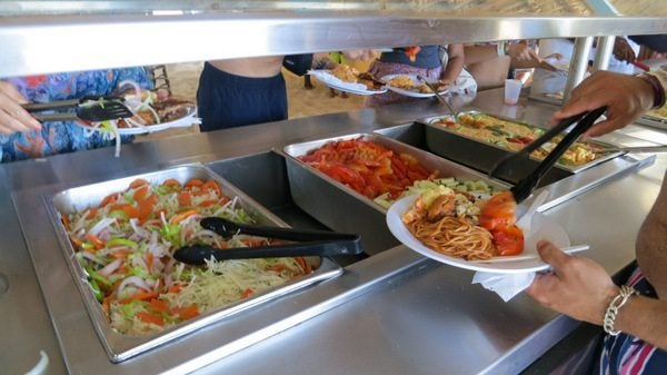 How To Eat Meals And Earn Miles