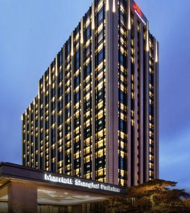 70,000 Points Marriott Premier Credit Card + 1 Free Night [Expired]