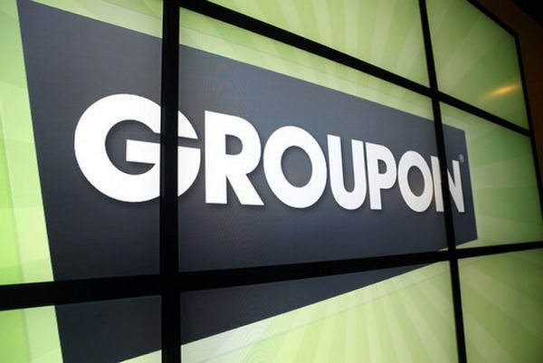 Save Money and Earn Extra Points on Vacation With Groupon and LivingSocial