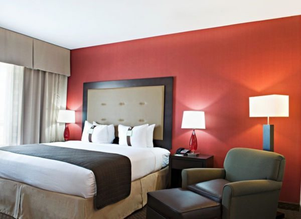 5,000 IHG Rewards Points 35 For IHG Hotels Through February 28, 2015
