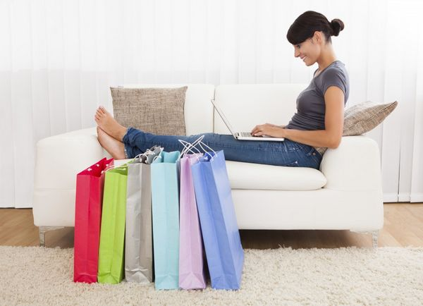 Get Up to 2,250 Delta Airlines or 2,100 Alaska Airlines Bonus Miles for Shopping Online!