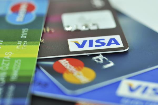 Why You Should Apply For Cards From Different Banks