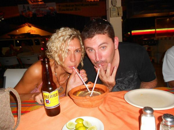 No Shoes Travel - Interview With Ron And Johnna
