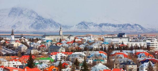 $99 1-Way to Iceland, $149 to Bristol, London, and Paris on WOW Air