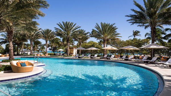 5 Best Beaches With Ritz Carlton Hotels