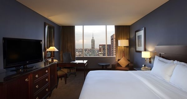 5 Hotels Where The 5th Night Free Perk With The AMEX Hilton Cards Is A Great Deal