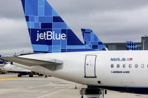 News You Can Use – 15% Off JetBlue Award Tickets Today, Use T-Mobile in Cuba, 5,000 Mile Promos for American Airlines & JetBlue