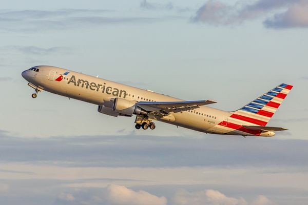 Save Miles Book American Airlines Awards With Etihad Miles