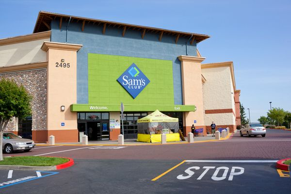 Limited Time Costco Members Can Try Sams Club For Free