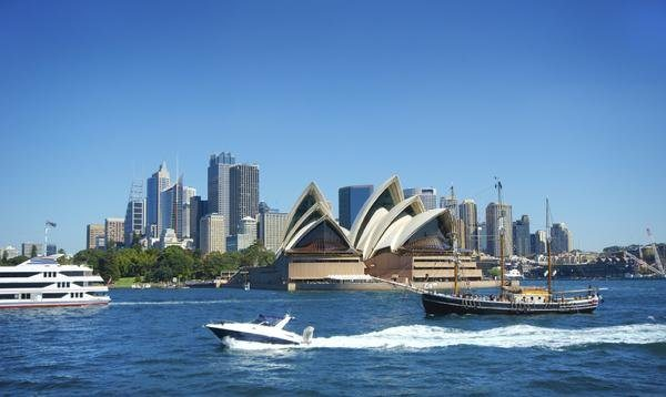 Hot! $775+ Round-Trip to Australia From 5 Cities