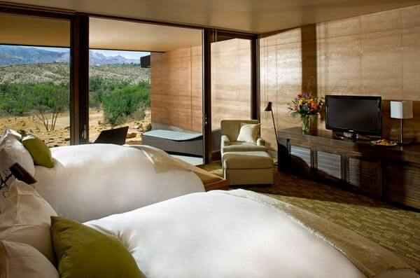 4 New AMEX Offers Save At GroundLink.com Provenance Hotels Chewy.com The Miraval Resort Spa