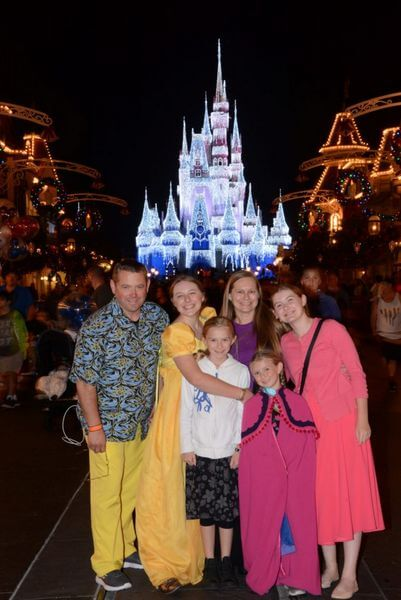 Success A Family Of 6 Explored Disney For 12 Days For Nearly Nothing With Miles Points