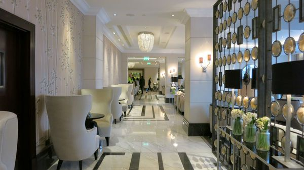 I Found My New Best Friend Traveling To London Part 4 Where To Stay In London Intercontinental London Park Lane Hotel Overview