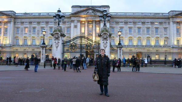 I Found My New Best Friend Traveling To London Part 9 Mall Museum And Buckingham Palace