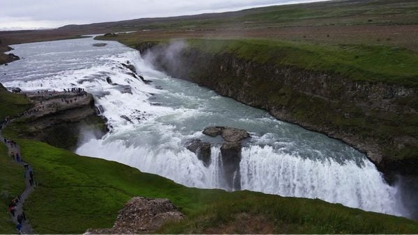 A Completely Free Trip To Iceland With Points Cash Back Cards Including Spending Money