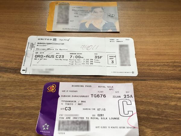 6 Shocking Reasons NOT to Post Pictures of Your Boarding Pass