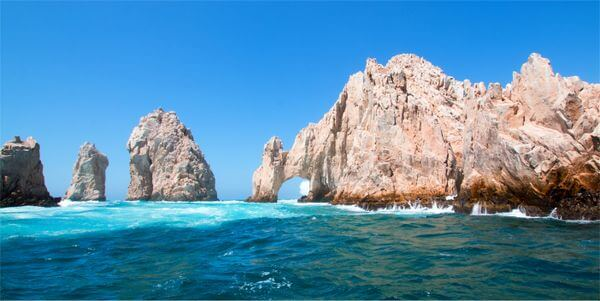 5 Fantastic Hotels in Los Cabos Where You Can Stay Free Using Points