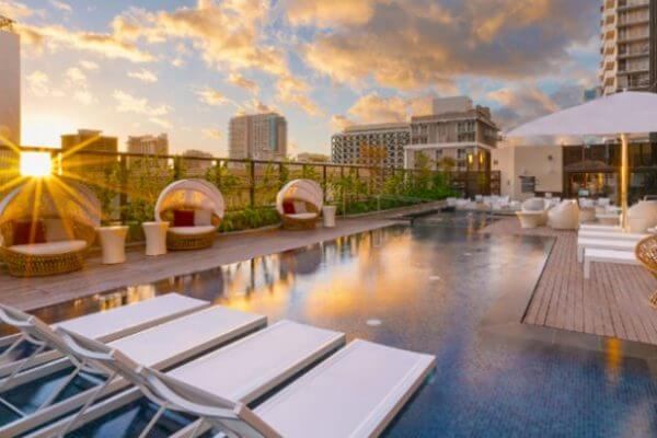 7 Great Hotel Card Offers for Folks Over 5/24