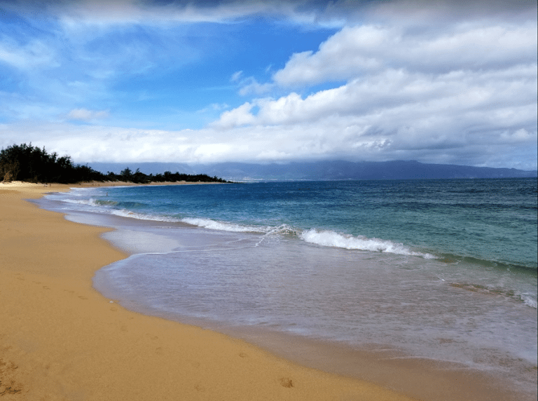 This Is a Big Deal! Fly to Hawaii With Points You (Probably) Already Have