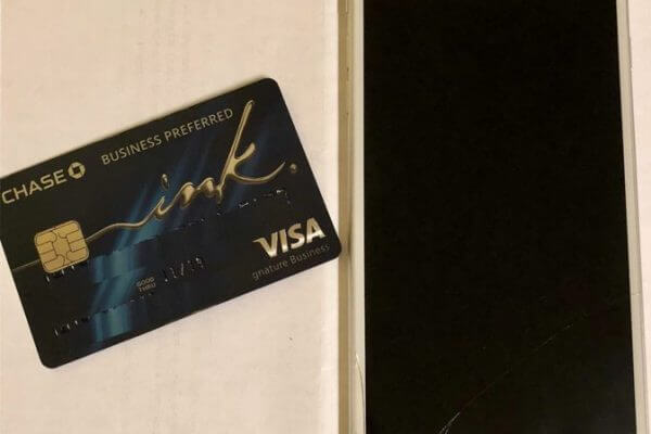 This Little-Known Credit Card Benefit Is Amazing for Clumsy Cell Phone Owners!