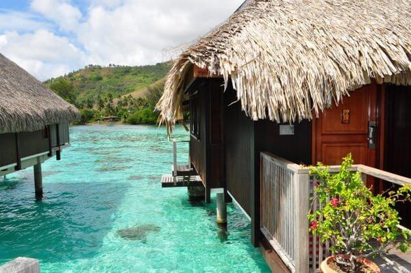 Using Hilton Points Got Us an Unbelievable Beach Bungalow in Moorea!