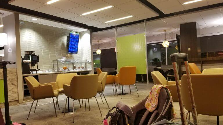 A First Hand Review Of The Escape Lounge In The Minneapolis Airport