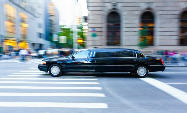 Earn Free Limousine Rides With Your Visa Signature Visa Infinite Cards