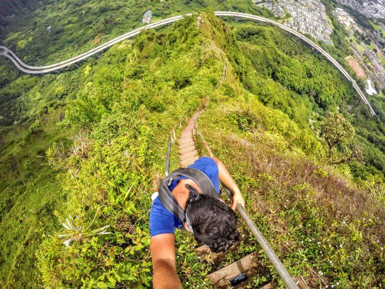 Haiku How-To: Hiking the Haiku Stairs and Moanalua Ridge in Oahu