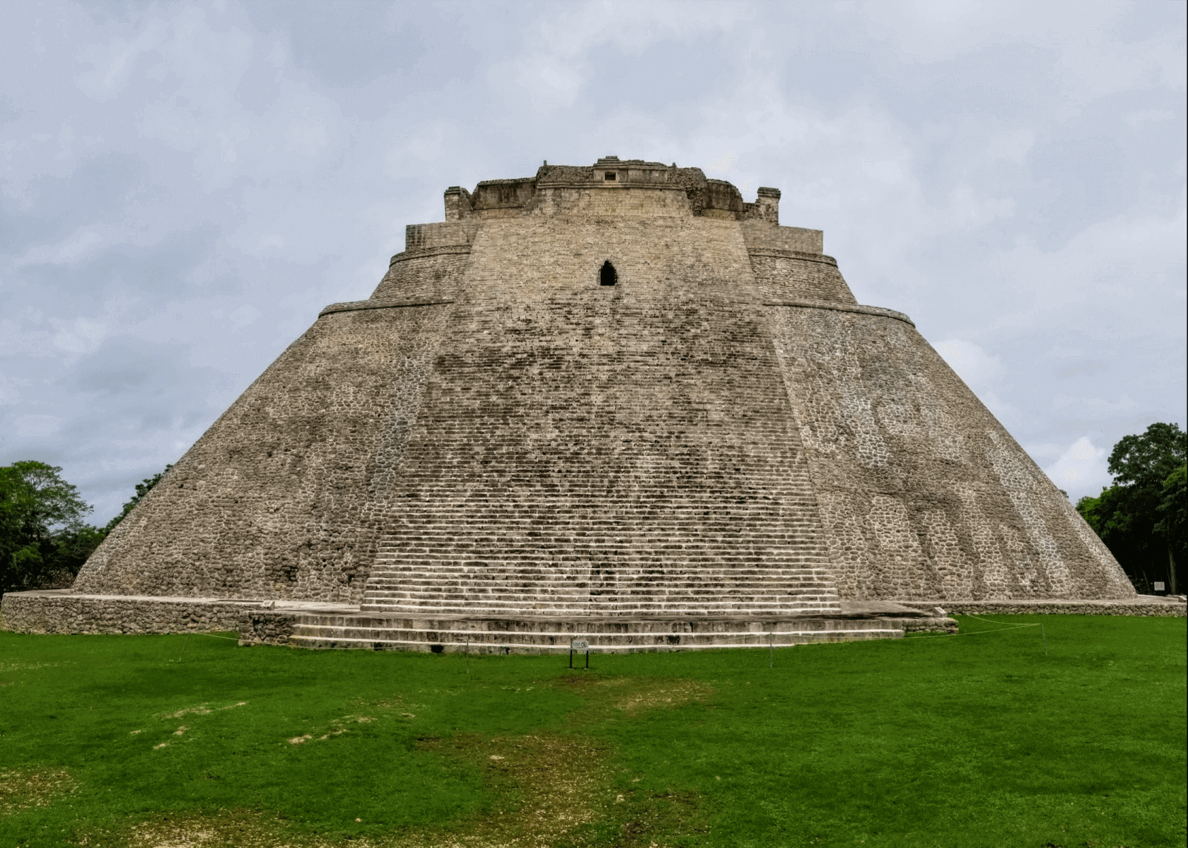 Mexican Standoff: The Ancient Ruins of Chichen Itza Versus Uxmal