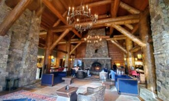 I stayed at the top 2 Colorado ski hotels on points — here's which one is better - featured image