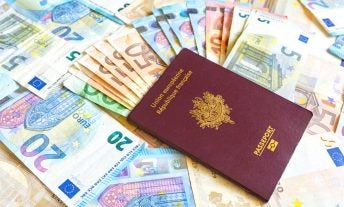 Cheapest ways to get foreign currency - featured image