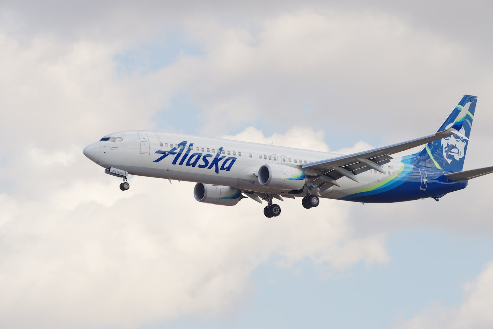 Alaska Airlines miles and elite status now easier to earn (temporarily)