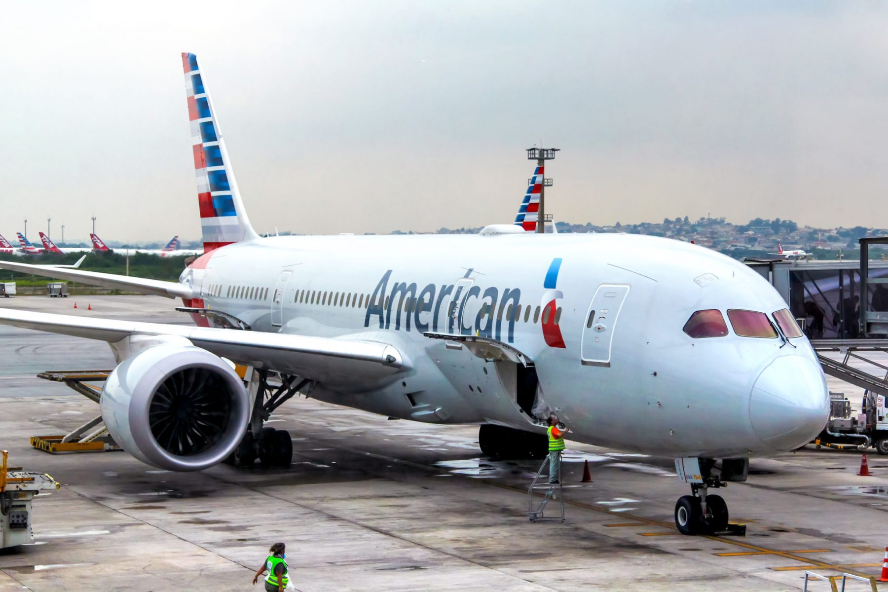 Should You Go for American Airlines Status?  Here's What You Get With Each Level