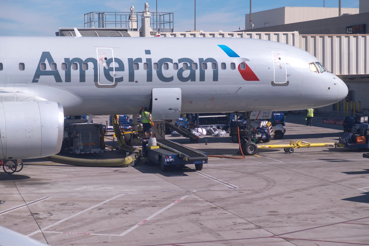 Starts Friday: Here's How to Get Free Music Streaming on American Airlines Flights