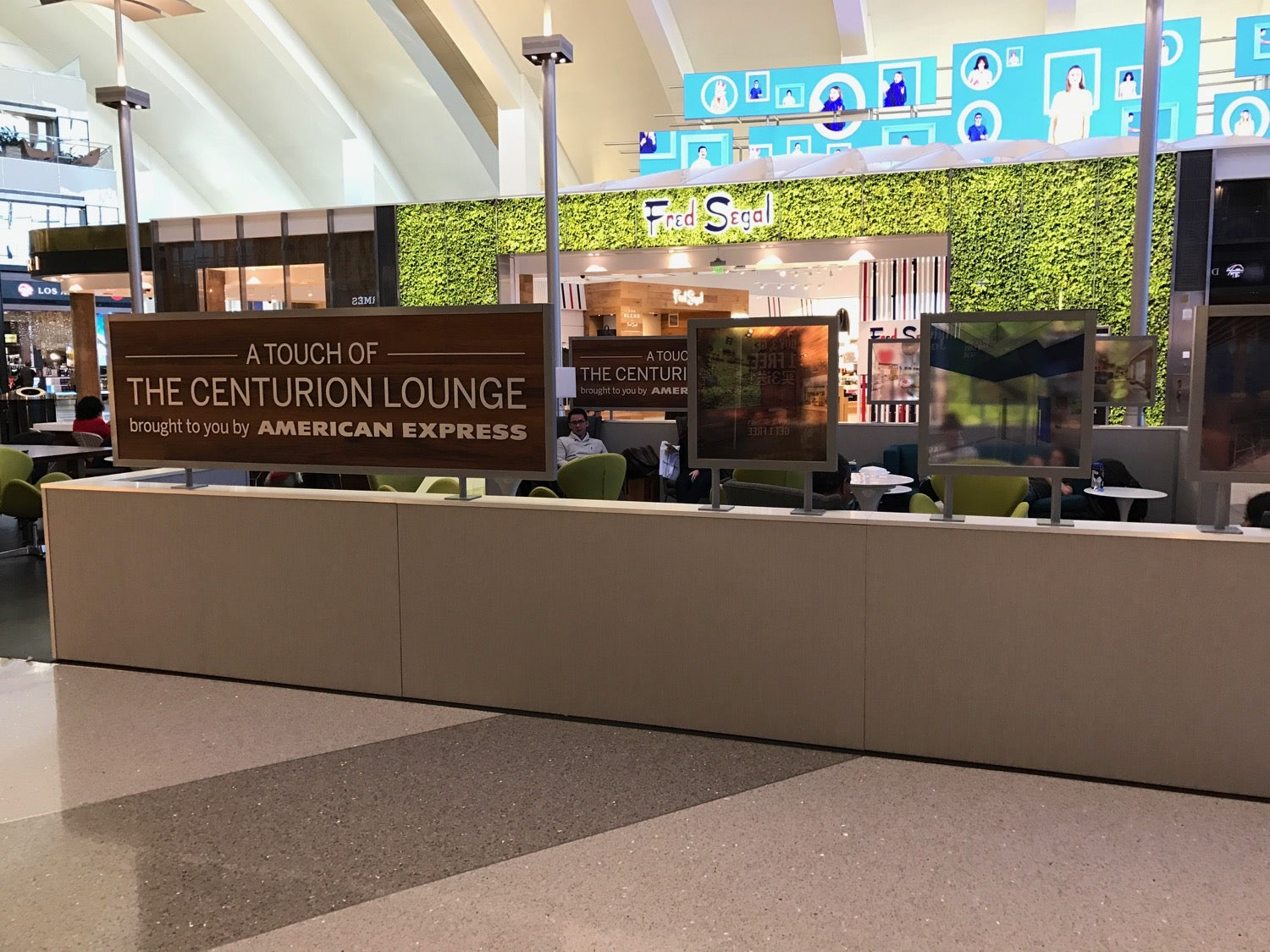 American Express Teased An Upcoming New Centurion Lounge Coming to LAX By Creating a Small Pop-Up Lounge. Luckily the Permanent Lounge Will be Nearly 14,000 Square Feet With All The Amenities of a Centurion Lounge.