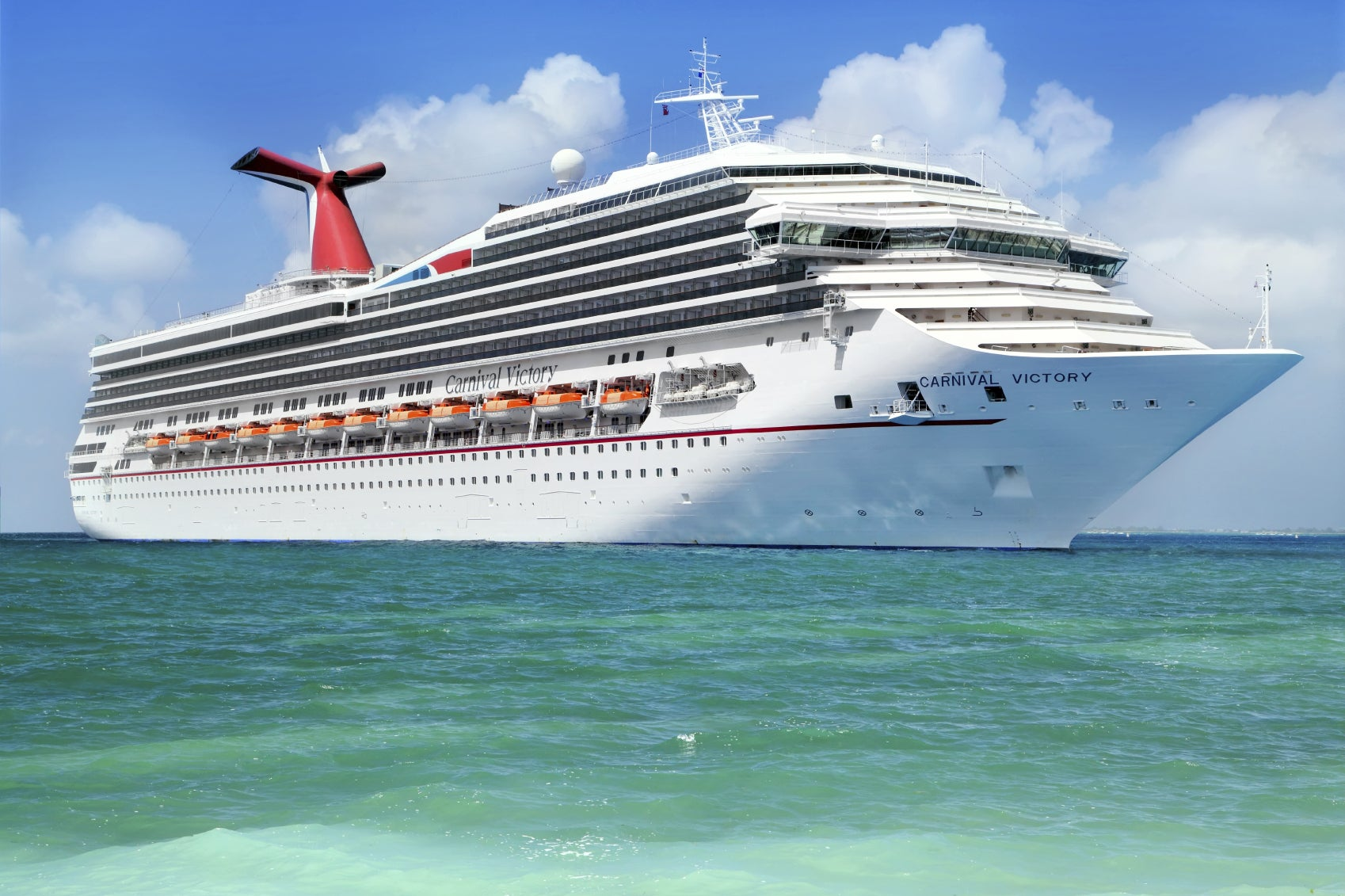 Image of a Carnival cruise ship just offshore