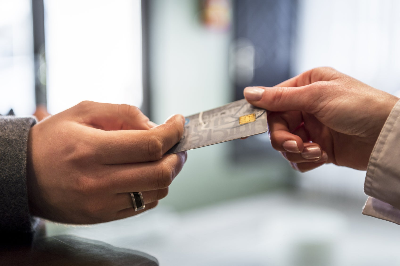 I Admit – I Peek at What Card Folks in Line Are Using (and Cringe When It's Not a Travel Credit Card)