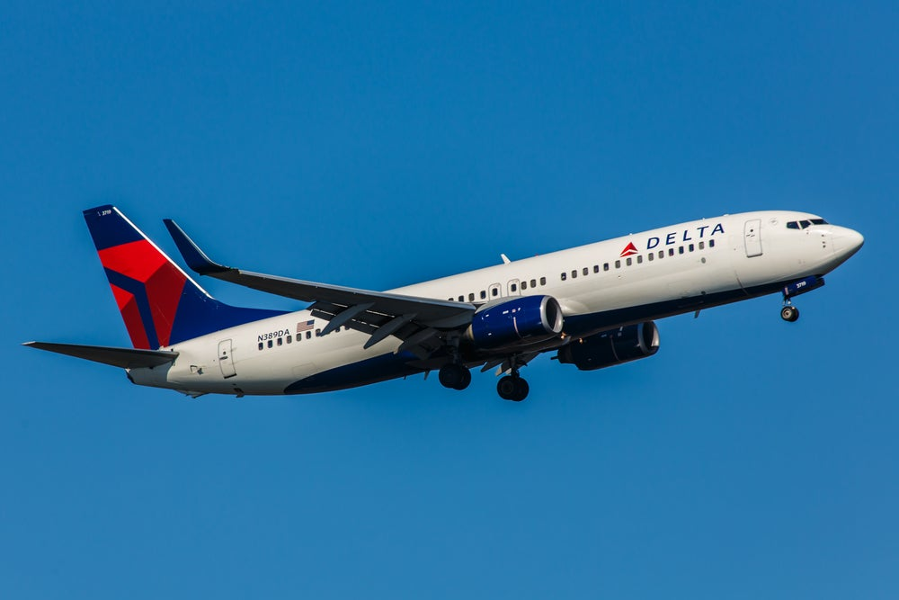 Final days for the increased Delta card offers – Earn up to 100,000 bonus miles