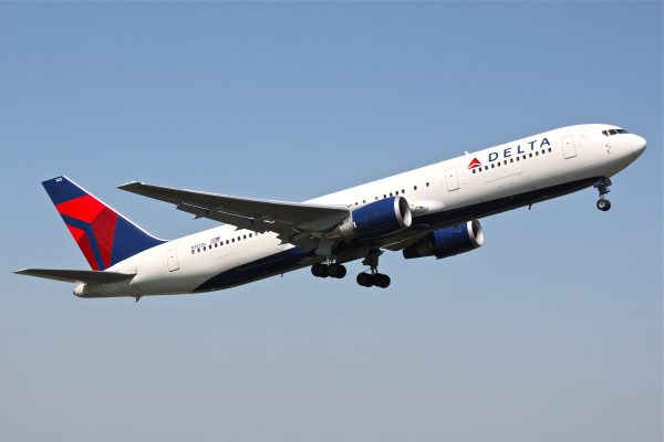 Delta award sale to the Caribbean from 12,500 miles round-trip