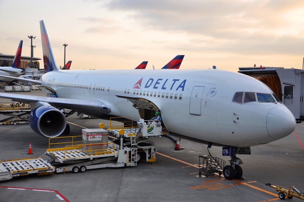 Stack Lyft Discounts: Earn Delta SkyMiles, Points and Credits At the Same Time