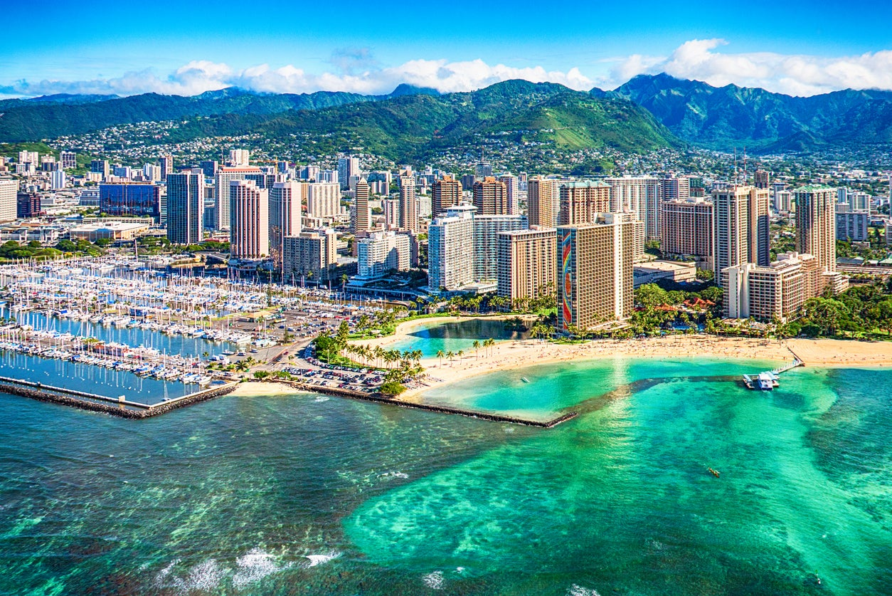 Finally!  Southwest Flights to Hawaii on Sale!  Starting at $49 One-Way or Less Than 2,000 Points!
