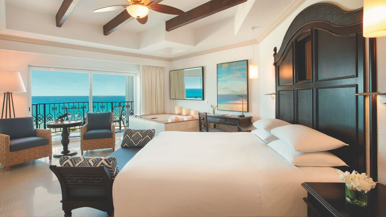 Transfer your Chase Sapphire Preferred points to Hyatt for an incredible stay in oceanfront hotels like this.