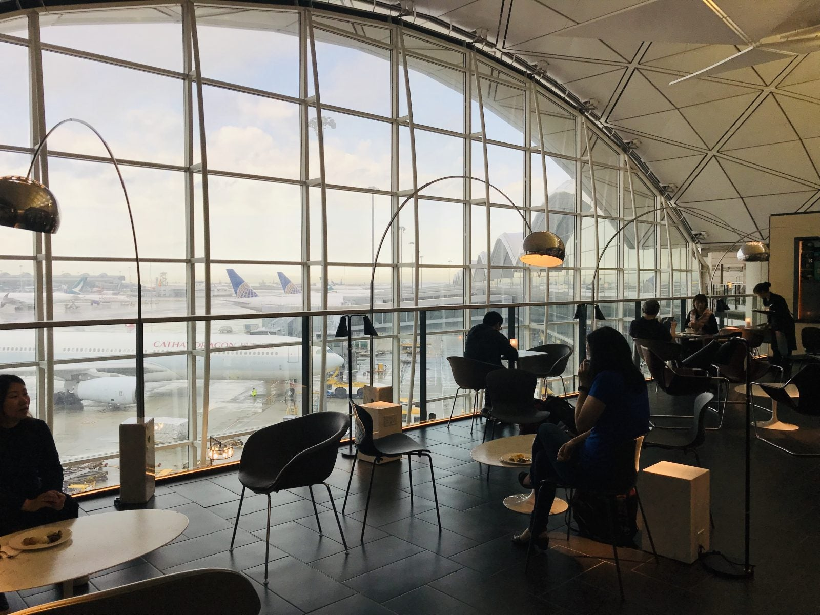 Why Airport Lounge Access Is Key For Anyone (Like Me!) Who Doesn't Live Near a Big City