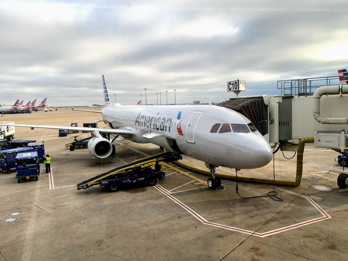Is the Citi American Airlines Platinum Select Business Credit Card Worth It? YES – If You Like AA, Travel Perks, or Have a Savvy Card Strategy