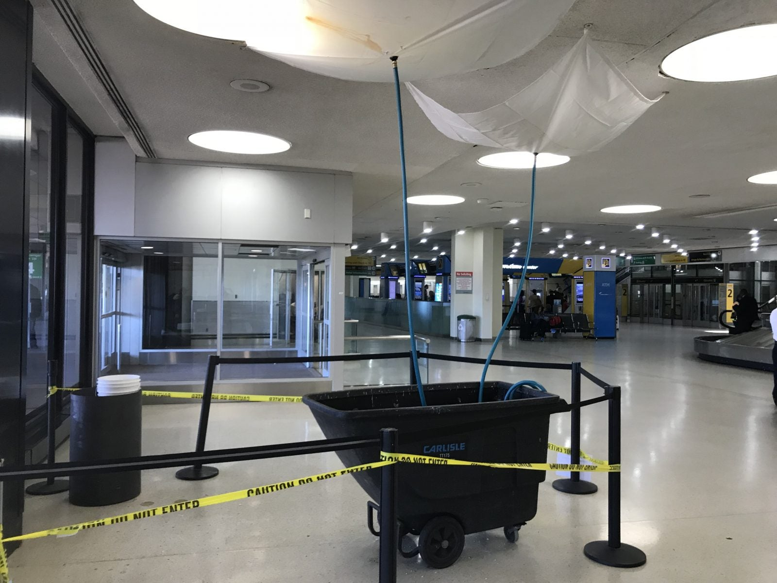 Why Are Airports in the US So Bad?