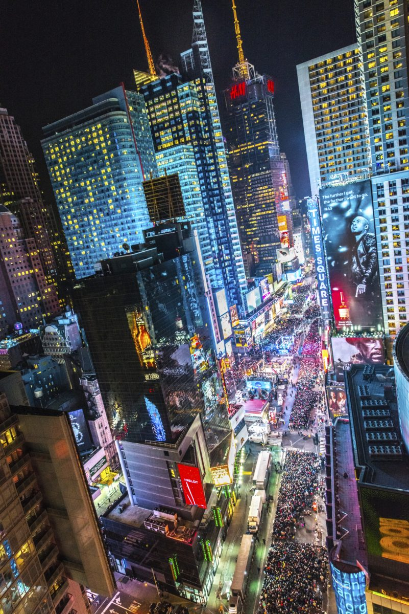 Don't Drop the Ball:  Last Chance for Times Square Hotels on New Year's Eve – FREE With Marriott, Hilton, or IHG Points