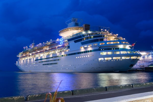 Royal Caribbean WOW Sale:  Kids Cruise Free, 50% off 2nd Guest, and Cruise Cash Deals!